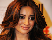 """Anger Management"" Star Noureen Dewulf Dishes On Her Fitness And Beauty Secrets"