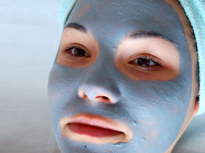 Маска из голубой глины от прыщей в домашних условиях