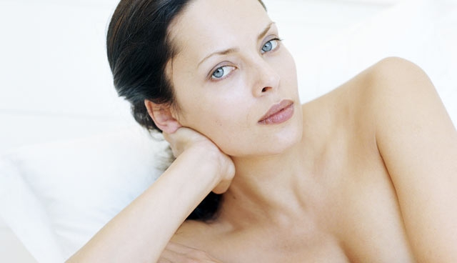 Cosmetic Breast Surgery After 35 - Hot Topic - NewBeauty