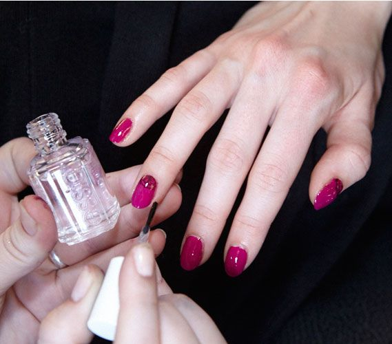 New York Fashion Week Nails Hands Nails Body The Beauty Authority Newbeauty