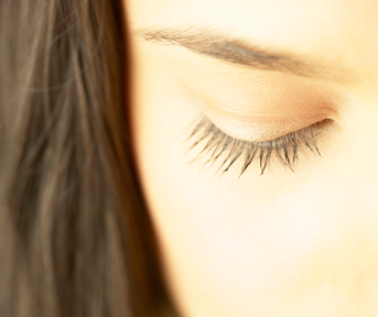 Rapid Eyelash Growth Is Just One Ingredient Away